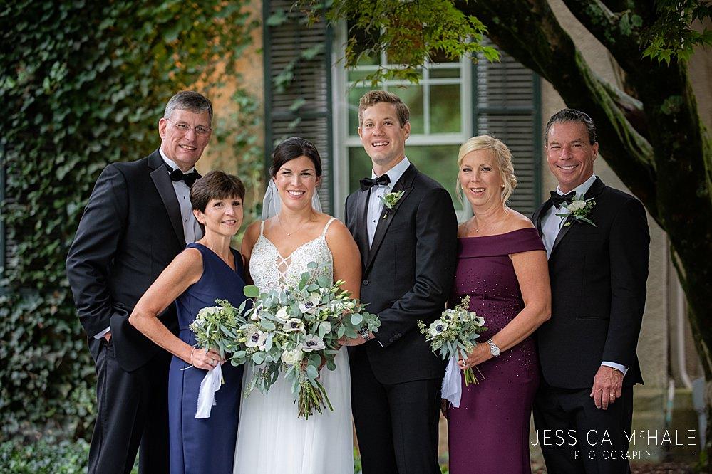 lord thompson manor wedding family photos